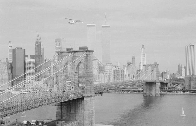 1983年5月24日的布碌崙大橋,這天是建橋百周年紀念。(美聯社)