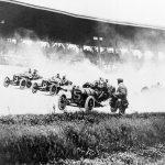 1911年5月30日:第一屆印第500賽車開跑