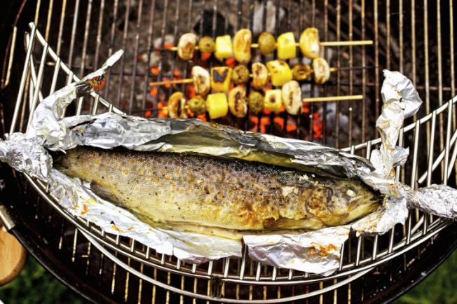 研究發現,鋁可從鋁箔紙滲入食物,特別是辛香和帶酸味的食物。(Getty Images)