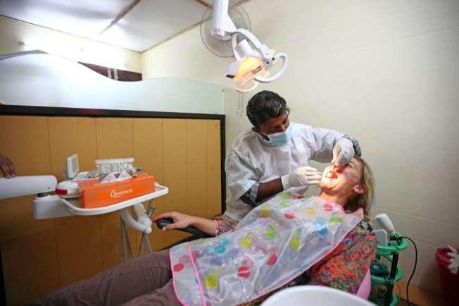 1億1400萬美國人沒有牙齒保險,比實施「平價醫療法」之前無健保人數多一倍。(Getty Images)