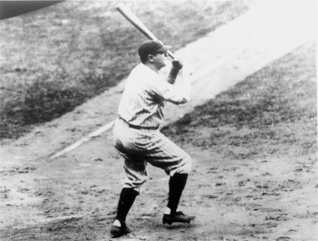 1927年9月30日,貝比‧魯斯敲出生涯第60支全壘打。(美聯社)