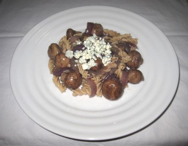 酒醋蘑菇義大利麵1