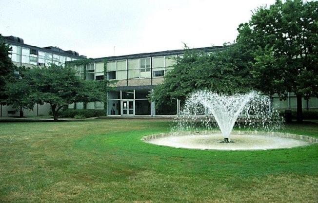 伊利諾理工學院校園緊鄰華埠,17日下午傳出疑似綁架案,引起社區、學生高度關注。(IIT官網截圖)