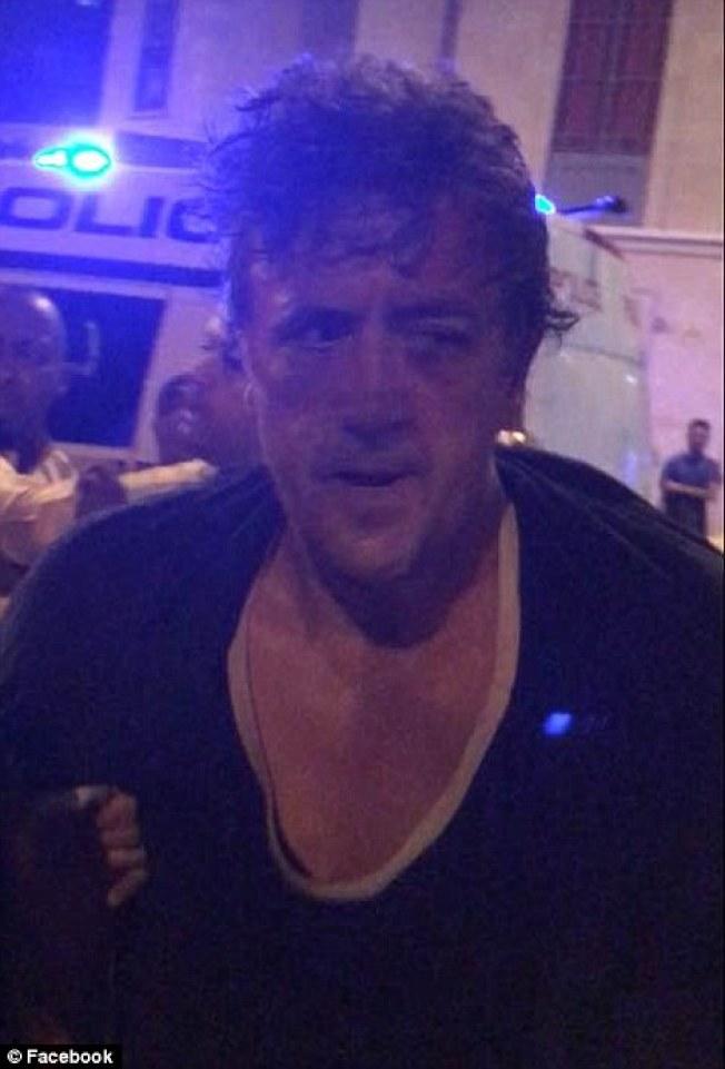 倫敦再爆死亡車恐襲,48歲白人兇手己被捕。(臉書)