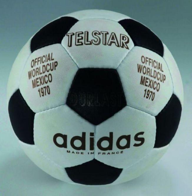 愛迪達為世界盃提供正式比賽用球「Telstar」。(網路圖片)
