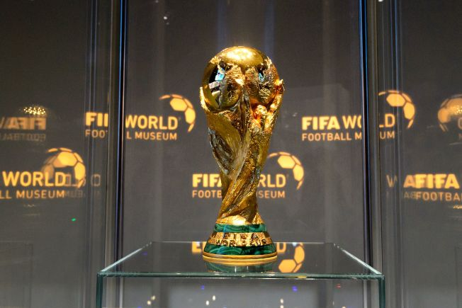 FIFA冠軍獎盃造型,1974年使用至今。(網路圖片)