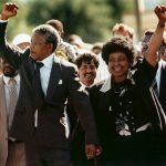 1918年7月18日:人權領袖曼德拉誕生