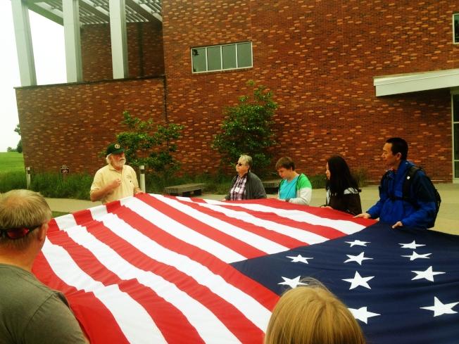 「話說國旗」活動可容十幾廿名遊客參加。