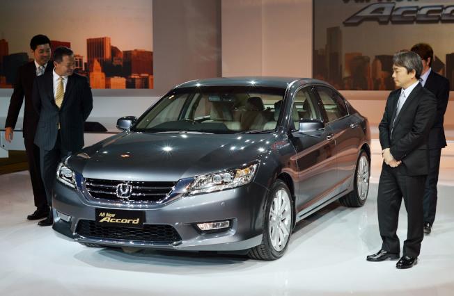 本田汽車公司14日宣布在全球召回2013至2016年款的本田Accord轎車,以替換可能失火的12伏電池感應器。(Getty Images)