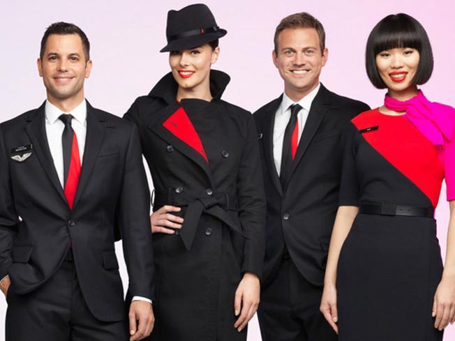 澳洲航空的制服運用肩部斜紋,營造搶眼視覺。(取自澳航官網)