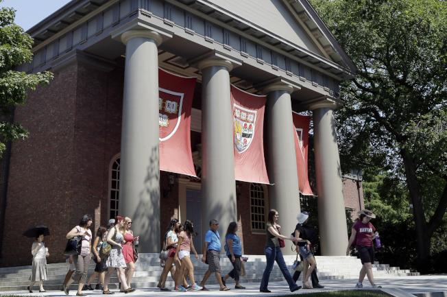 百年來,哈佛大學是中國留學生嚮往之地。(美聯社)