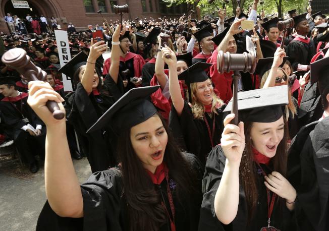 哈佛大學培養眾多的優秀中國留學生。