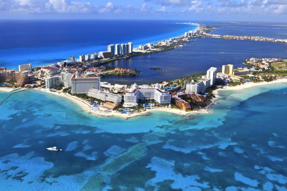 目前美國人可造訪的最便宜國家是墨西哥。圖為墨國度假城坎昆。(Getty Images)