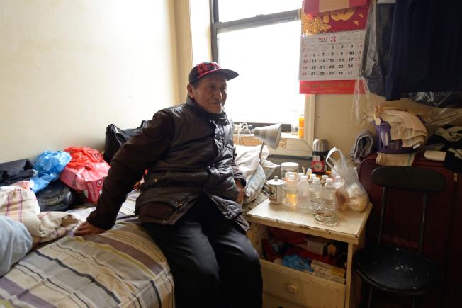 金壽命來美十多年,一年前開始靠糧券度日。(記者朱澤人/攝影)