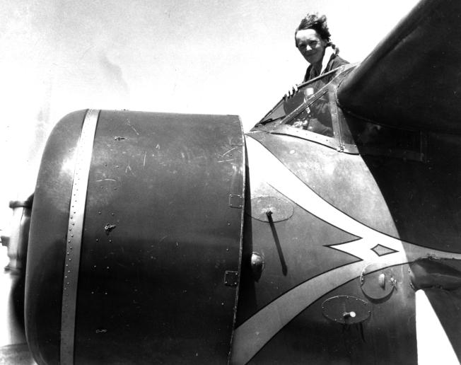 厄哈特與她的座機。(美聯社)