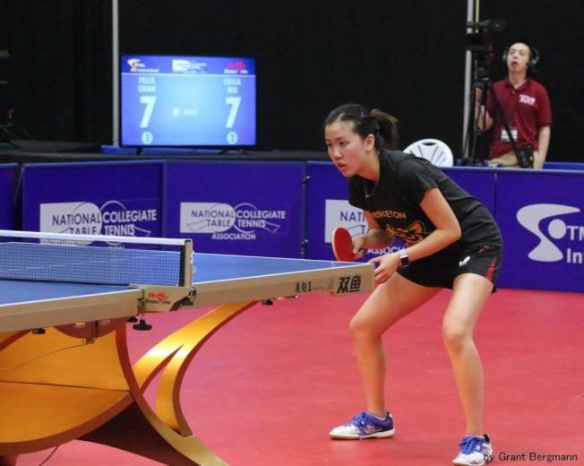 美國華裔乒乓球選手吳炫寧將代表美國隊參加台灣世界大學生運動乒乓球比賽。圖為吳炫寧比賽中。(吳承聖提供)