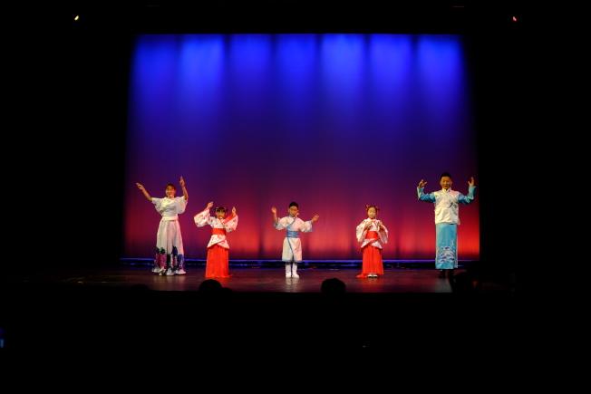 中國表演團帶來演出「我們來自中國」。(記者俞國梁/攝影)