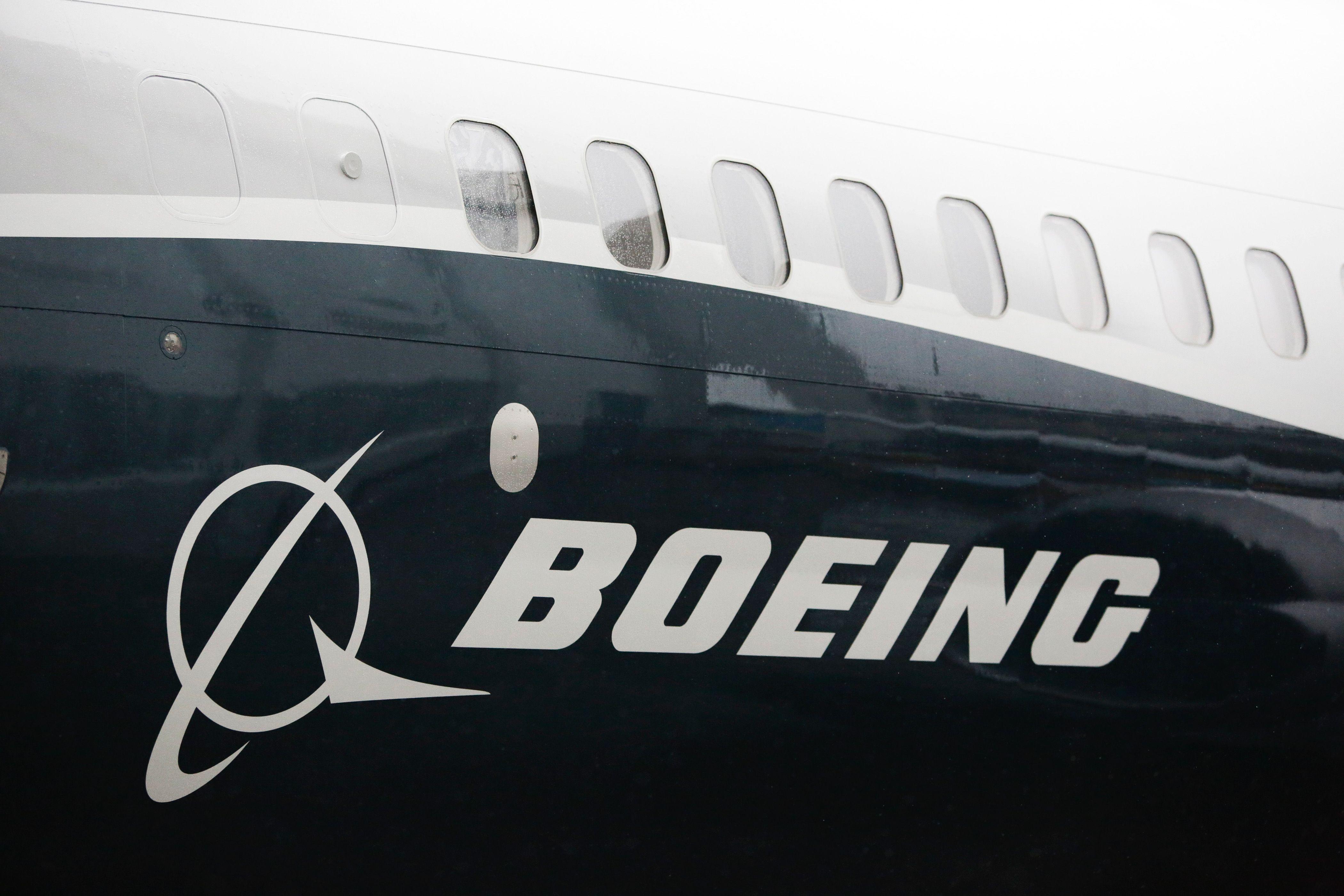 美國展開301調查,北京揚言抵制波音等美國企業。圖為波音客機。(美聯社)