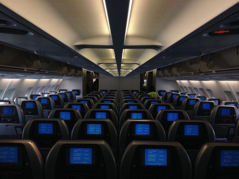 開放多少免費機位用哩程兌換,航空公司自有算盤。(Pixabay)