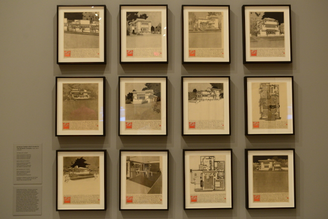 MoMA展出的萊特檔案照片。(記者許振輝/攝影)