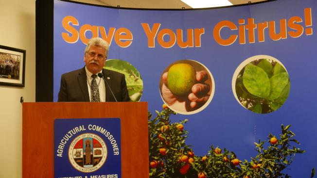 洛縣農業局局長Kurt Floren強調問題的嚴重性。(記者李雪/攝影)