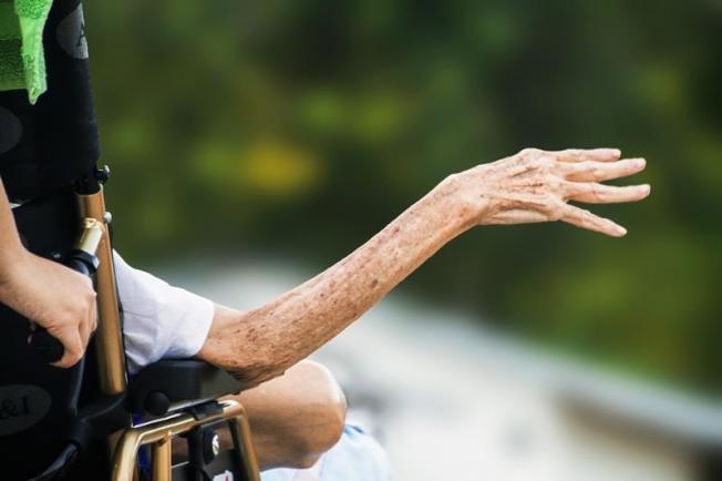 根據一項新的全球高齡指標,日本的高齡人口最健康,西班牙高齡人口獲親友扶助排第一。美國排名在世界前5大之中,但從個別指標上,表現仍有相當改進空間。(Pixabay/中央社)