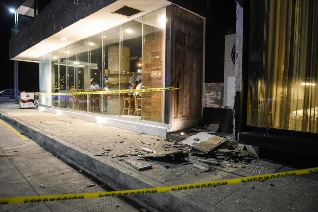 墨西哥南部海岸7日深夜發生規模超過8的大地震,許多建築毀損嚴重。(Getty Images)