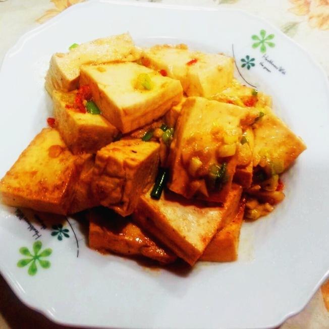 紅燒辣味板豆腐