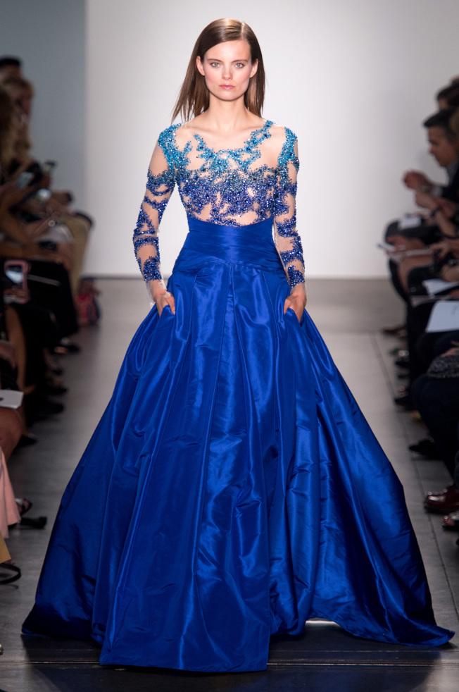 具有時代感的禮服設計是Pamella Roland的拿手好戲,亦是2018年春夏系列的主軸之一。(美聯社)
