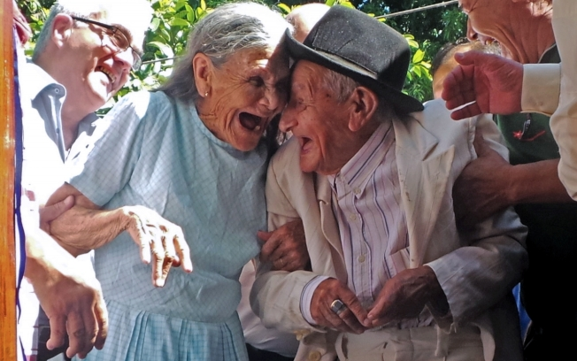 人類的預期壽命多年來不斷提高,但是我們的平均年齡上限,數十年前就停滯未增。(Getty Images)