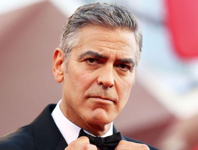 好萊塢男星喬治克隆尼(GeorgeClooney)等名人共替災民募款1400萬美元。路透