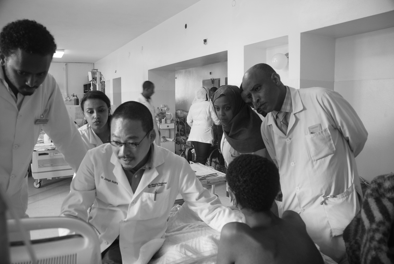 黃建傑鋼琴獨奏募款,為東非病患購買醫療設備。(黃建傑提供)