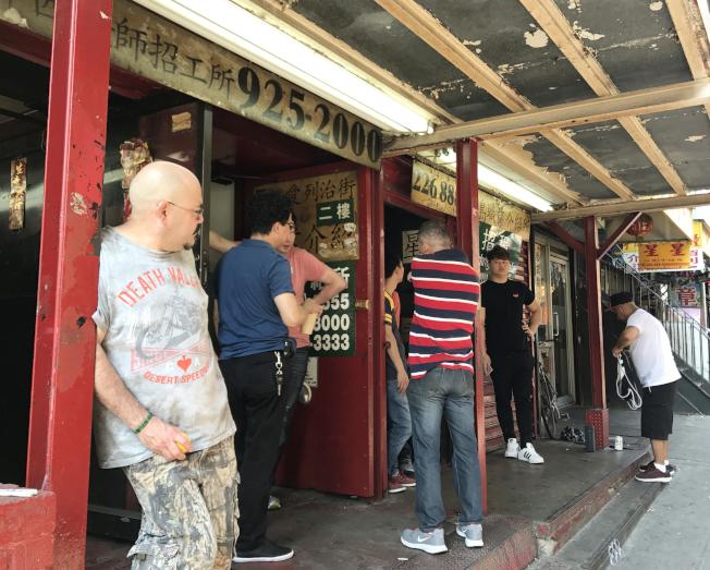 外州餐館工被抓,華社風聲鶴唳,無證華人勞工不敢去外州。(記者俞姝含/攝影)