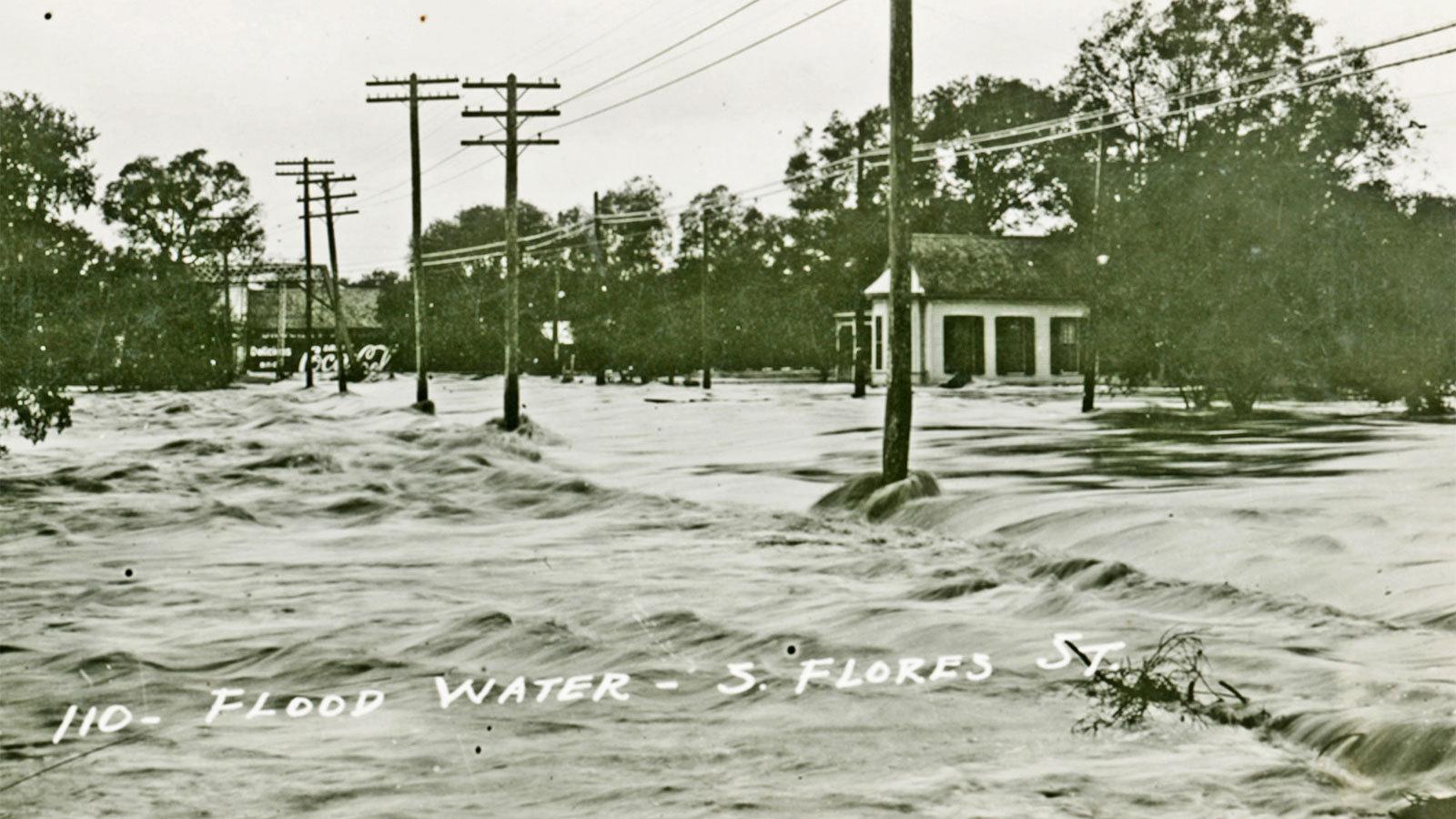 1921年9月7日的德州洪災使得德州西南部長達一周都泡在水裡。(網路圖片)