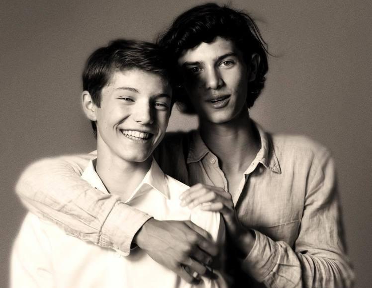尼古拉王子(右)還有個弟弟費利克斯王子。(圖擷自Instagram)