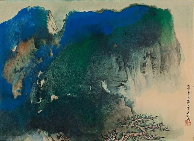 紐約蘇富比張大千《青崖蒼木》(設色紙本)畫作,成交價84萬500元。(紐約蘇富比提供)