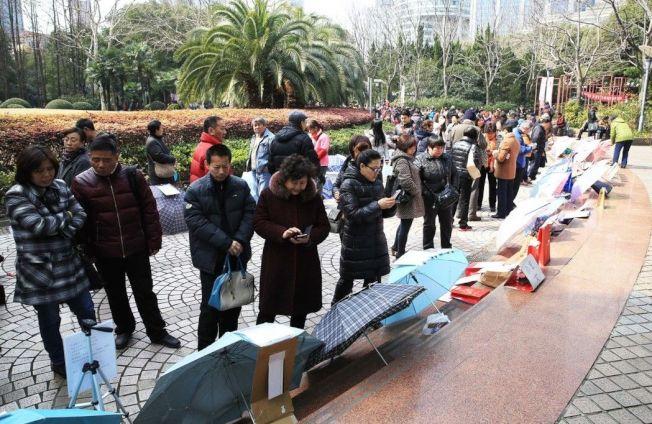 上海人民公園相親角。 圖/本報資料照片