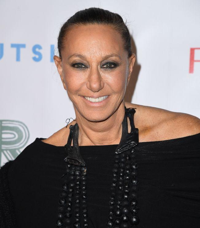 著名服裝設計師戴安卡儂(Donna Karan)稱受到性侵的女星是自找的,自己送上門給溫斯坦。此言一出,立遭轟擊。(Getty Images)
