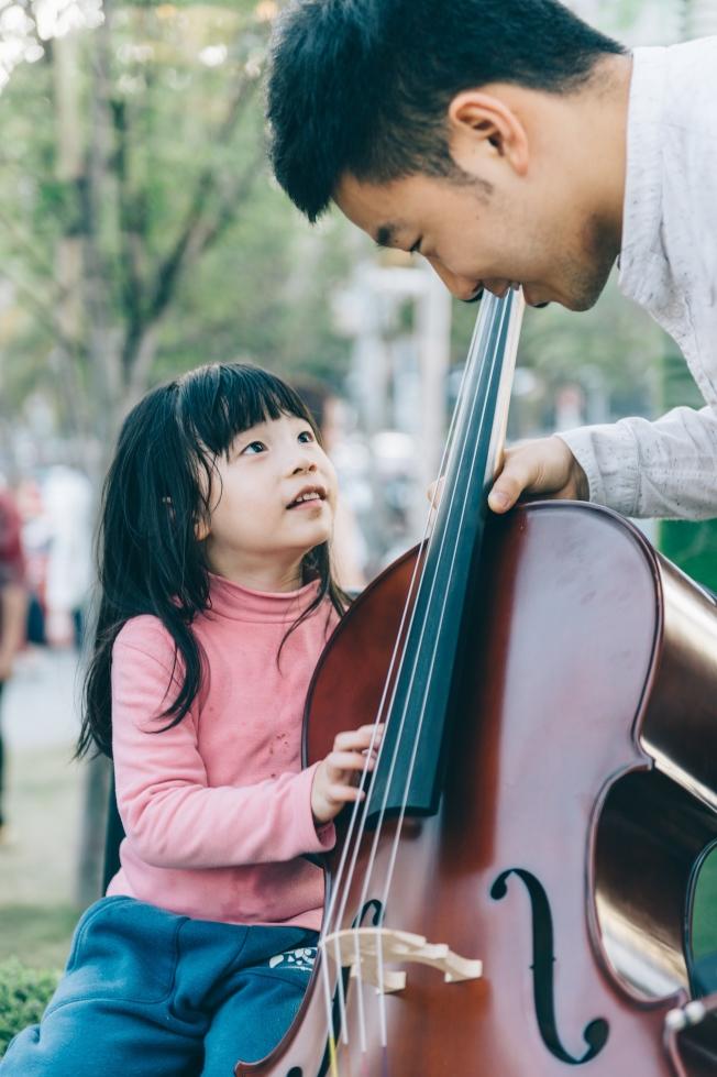 音樂教會孩子從小要有責任感。(周昀提供)