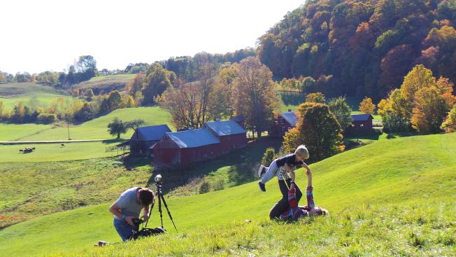 佛蒙特著名攝影景點Jenne農場秋景遲到,攝影師可能失望,但同遊的家人卻能享受難得暖秋。(記者唐嘉麗/攝影)