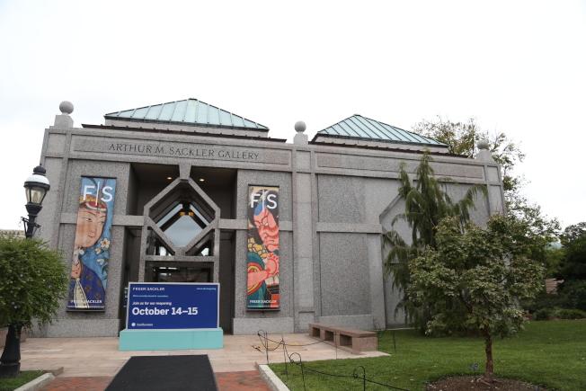 賽克勒美術館在14日正式開放,以埃及貓相展、亞洲佛像展、東南亞神像展、古代中國編鐘等全新展覽迎接訪客。(記者羅曉媛/攝影)