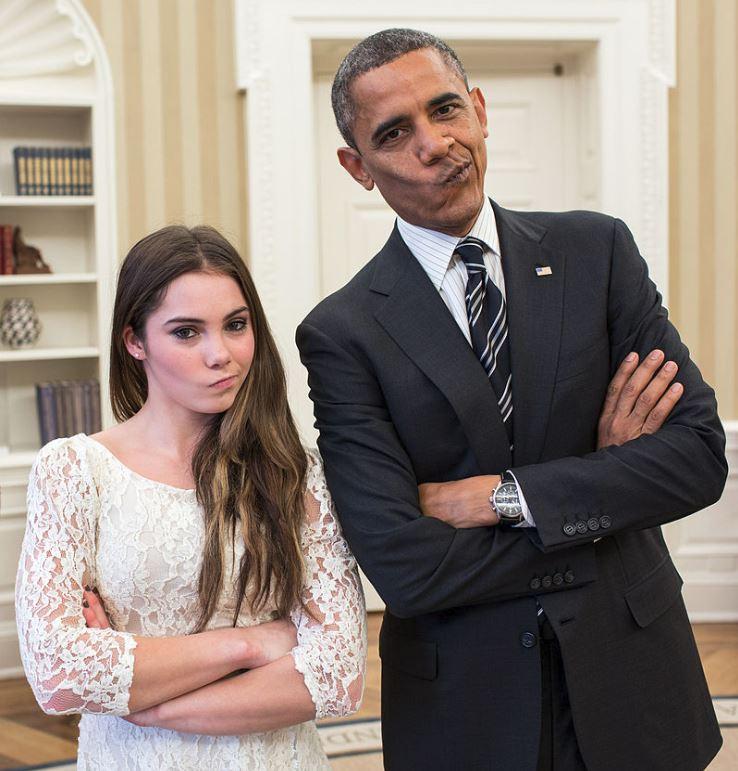 馬隆尼在賽場上噘嘴的不爽表情一度爆紅,在她訪問白宮時,前總統歐巴馬也忍不住有樣學樣。(取自網路)