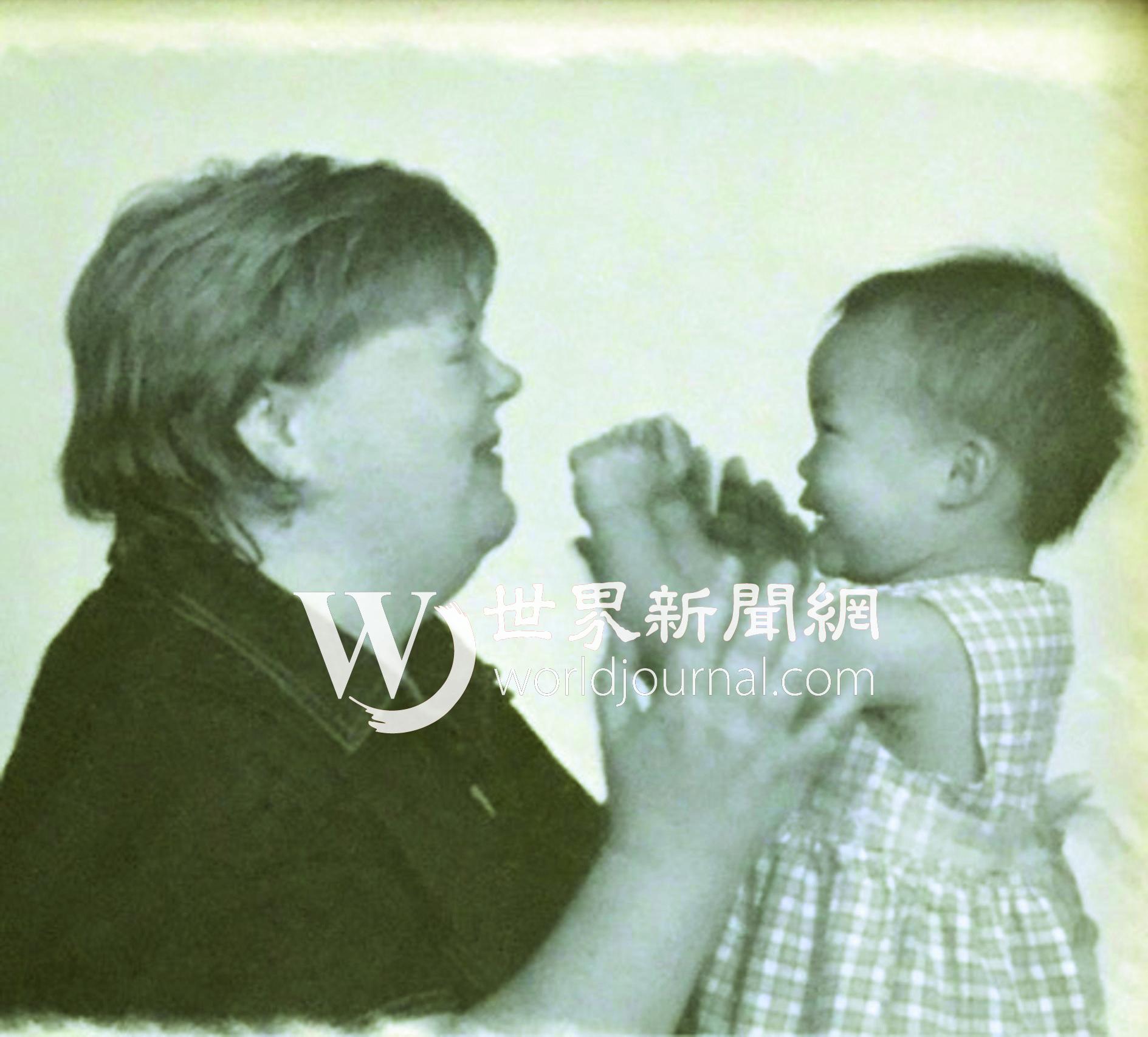 體操新星吳穎思(右)16年前被母親雪莉(左)從中國廣西收養,吳穎思表示她喜歡中國。(雪莉提供)