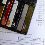 選對信用卡 逛量販店更省錢