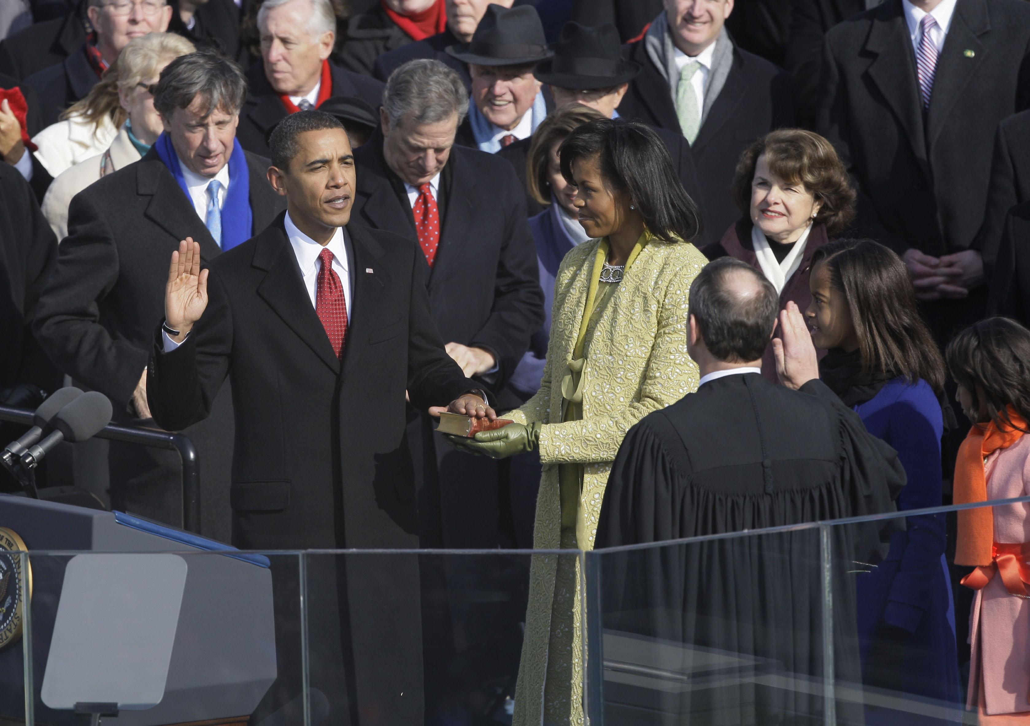 2009年1月20日,歐巴馬宣誓就職美國第44任總統。(美聯社)