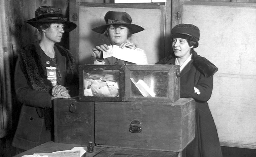 1917年11月6日對於美國的女性而言是極為重要的一天。取自網路