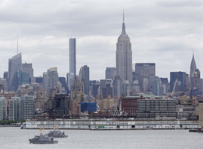 川普的稅改方案,將對紐約、加州等地房市帶來衝擊,圖為紐約市中城天際線。(美聯社)