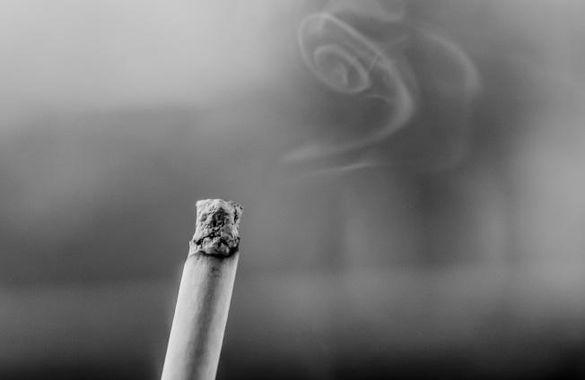 碰到室友是菸鬼,健康和衛生都難保。(Pexels)
