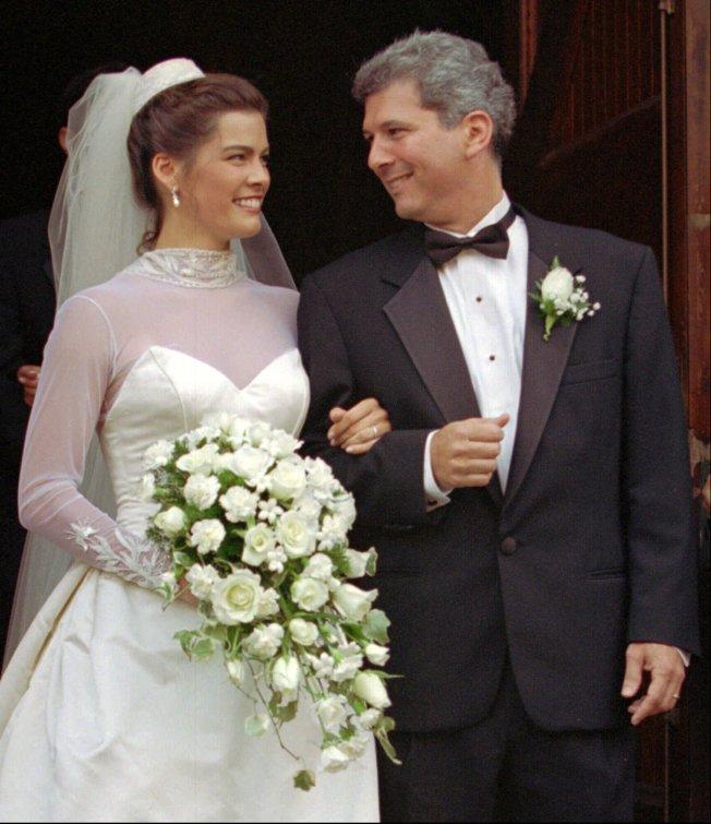 柯瑞根退出體壇後,與她的經紀人索羅門結婚。(美聯社)