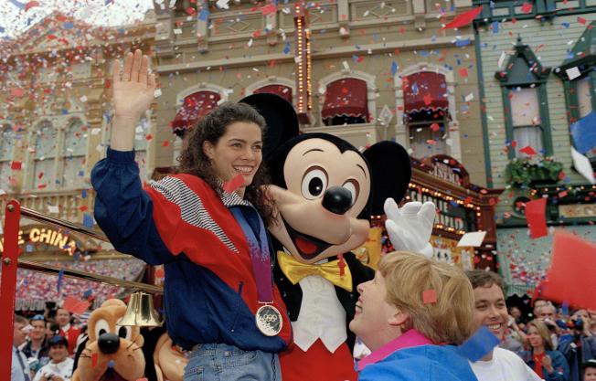 柯瑞根一度是美國甜心,圖為她在迪士尼樂園代言。(美聯社)